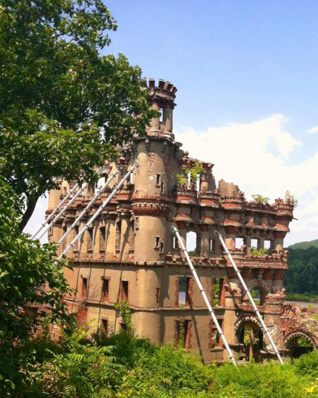 Bannerman Castle Warehouse Remains