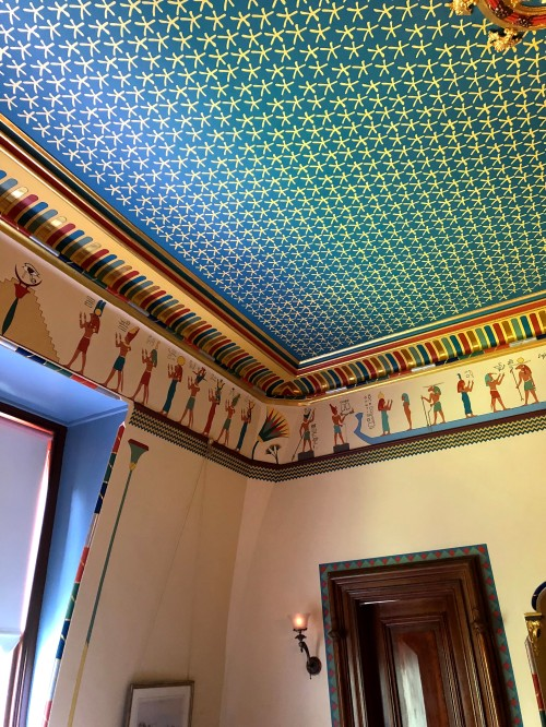 ceiling of Egyptian revival room in the Armour Stiner Octagon House